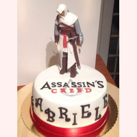 Торт Assassin's Creed White
