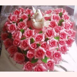 """Торт """"Голубки в розах"""""""