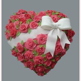 "Торт ""Сердце из розовых роз"""