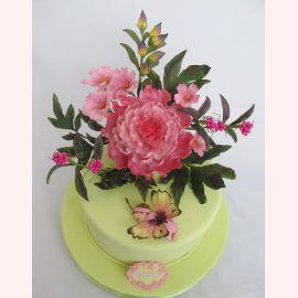 """Торт для новорожденной """"Бабочка в цветах"""""""