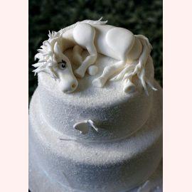 """Торт на Новый год """"Снежная лошадка"""""""