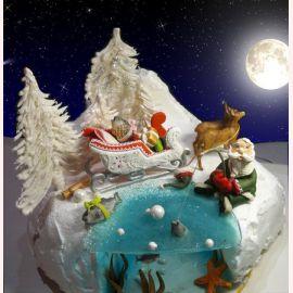 """Торт на Новый год """"Санта-Клаус и олени"""""""