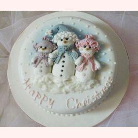 """Торт на Новый год """"Семья снеговиков"""""""