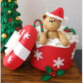 """Торт на Новый год """"Подарок под елкой"""""""