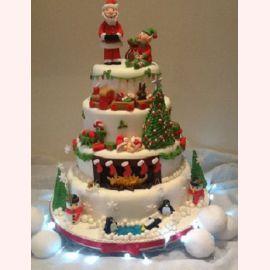 """Торт на Новый год """"Деревня Санта-Клауса"""""""