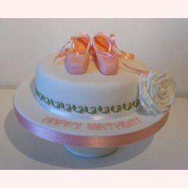 "Торт ""Обувь балерины"""