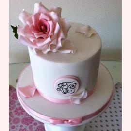 "Торт ""Шляпа с розой"""