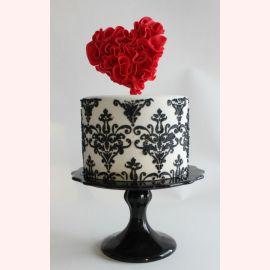 """Торт для влюбленных """"Яркое сердце"""""""