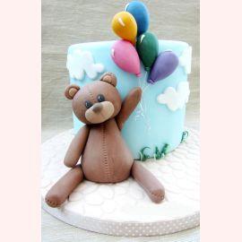 """Торт на 1 годик """"Полет Мишки"""""""