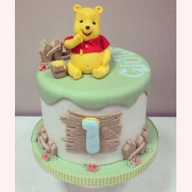 """Торт на 1 годик """"Малыш Винни"""""""