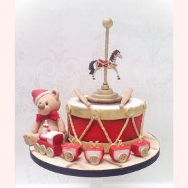 """Торт на Новый Год """"Мишка на карусели"""""""