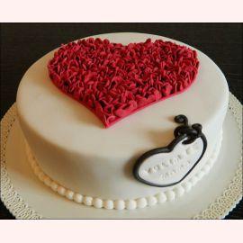 """Торт для влюбленных """"Сердце из сердечек"""""""