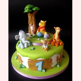 "Торт на 1 годик ""Годик Винни Пуху"""