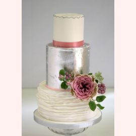 "Торт ""Серебро с цветком"""