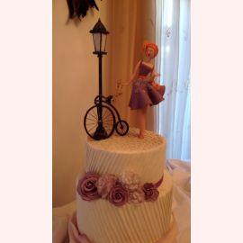 """Торт """"Ретро велосипед и дама"""""""