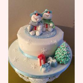 """Торт на Новый Год """"Миленькие снеговики"""""""