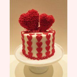 """Торт для влюбленных """"Цветочные сердечки"""""""