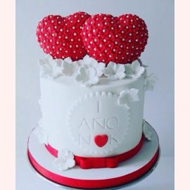 """Торт """"Два сердца и белые цветы"""""""