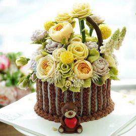 "Торт ""Корзина с жёлтыми цветами"""