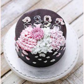 """Торт """"Цвточные платья"""""""