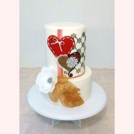 """Торт """"Два сердечка и цветок"""""""
