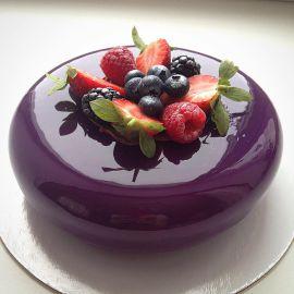 """Торт с покрытием гляссаж """"Ягодный десерт"""""""