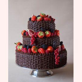 """Торт """"Шоколадно-ягодное безумие"""""""