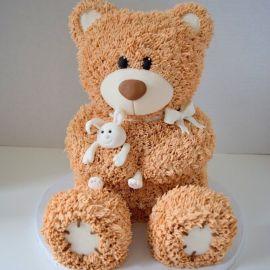 """Торт """"Бежевый медвежонок с зайкой"""""""