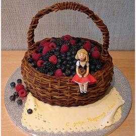 "Торт ""Большая корзина ягод"""