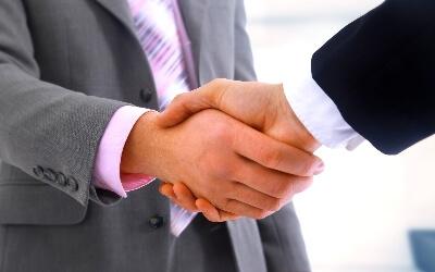 сотрудничество с партнерами